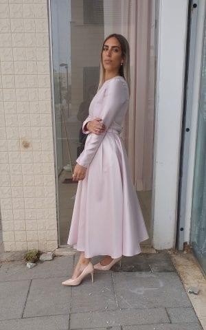 שמלת פרינסס ורודה