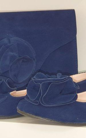 נעלים ותיק כחול פרח