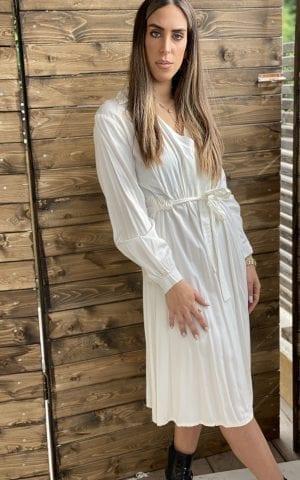 שמלת מעטפת לבנה
