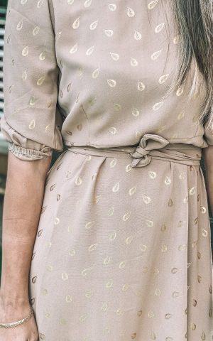 שמלת פפלום עלים זהב